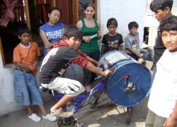bicycle-powerd-washing-machine.jpg