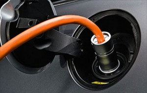 electric_mini_cooper_plug